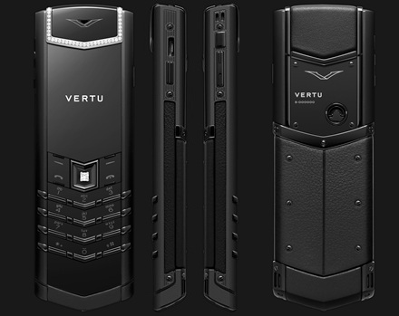 VERTU SIGNATURE S DESIGN PURE BLACK White Diamonds