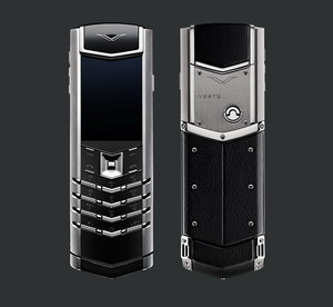 VERTU SIGNATURE S DESIGN STEEL