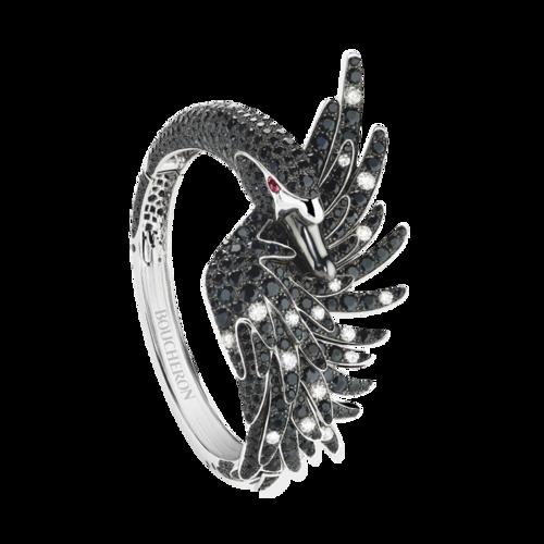 Boucheron Cypris, the swan bracelet Black sapphires